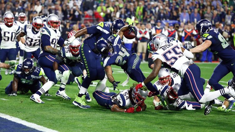 Hightower Brings Down Lynch at 1, Super Bowl 49