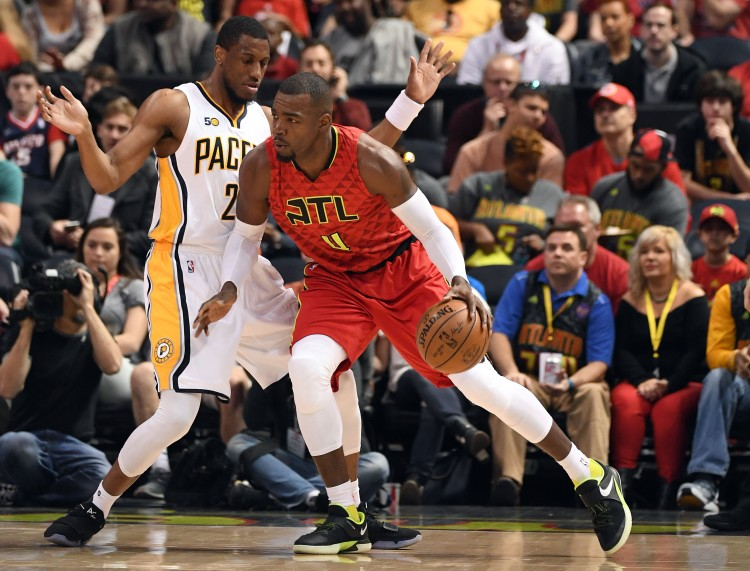 Paul Milsap backs down pacers.jpeg
